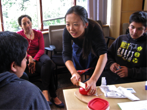 Stanford medical students teaches emergency medicine to middle students